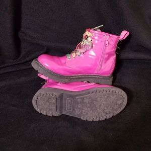 Sketchers Size 1 Pink Boots